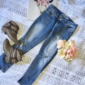 Limited Edition Paisley Sky distressed Ankle Jeans